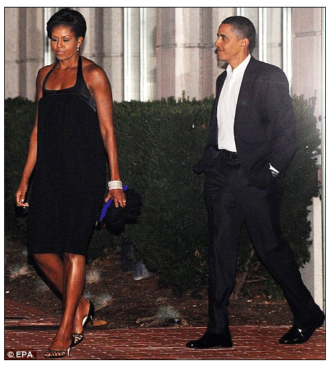 barack-michelle-obama-17th-wedding-anniversary-blue-duck-tavern-02