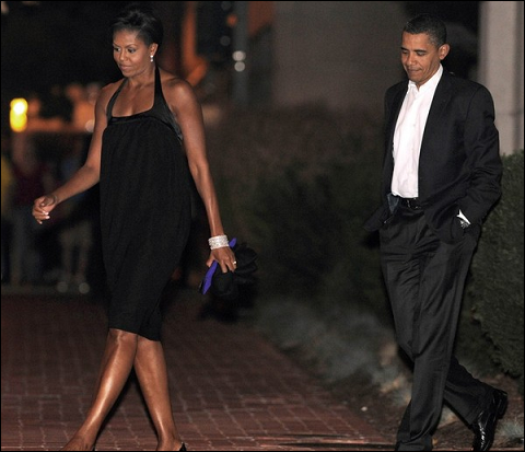 barack-michelle-obama-17th-wedding-anniversary-blue-duck-tavern-04